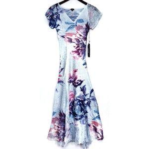 KOMAROV Mystic Summer floral flutter sleeve dress
